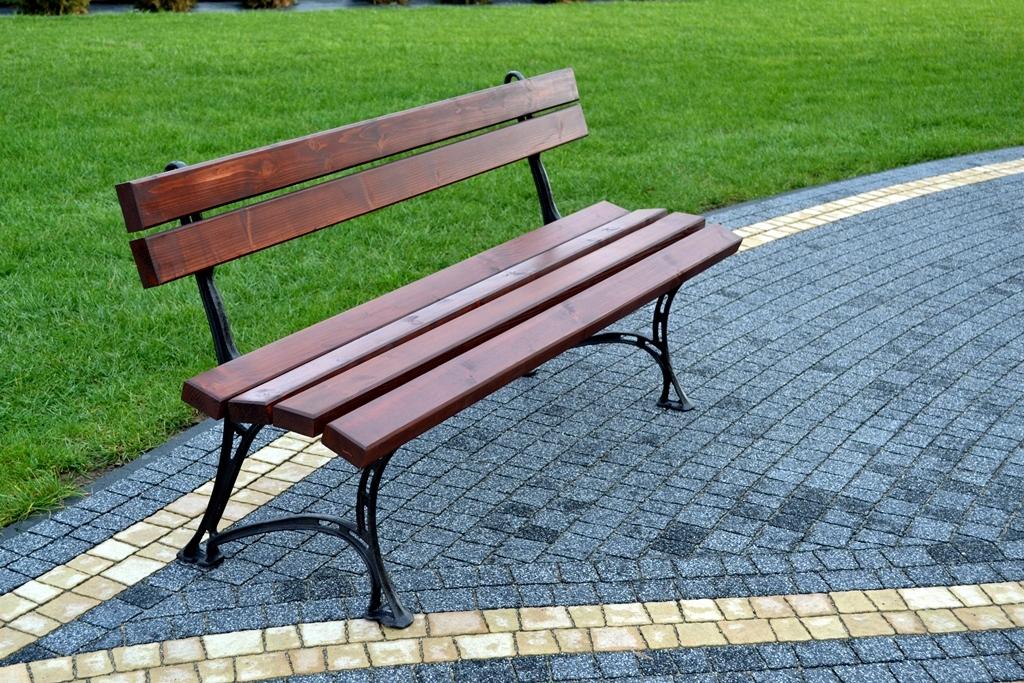 Покупка парковой скамейки